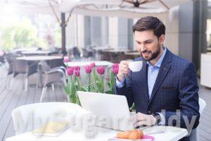 Sugardaddy sucht nach Frau im Netz