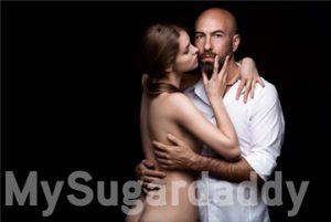 Sugardaddy und Sugarbabe in Umarmung