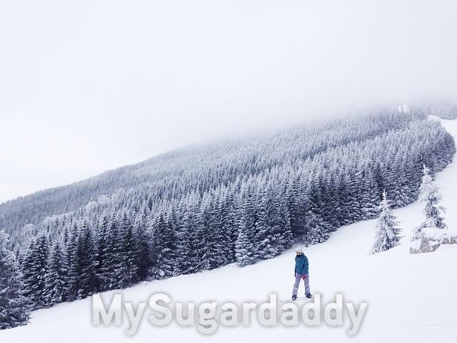 Sport in der Winterzeit - Skifahren und Snowboardfahren